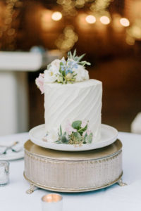 grace and will's fearrington wedding cake