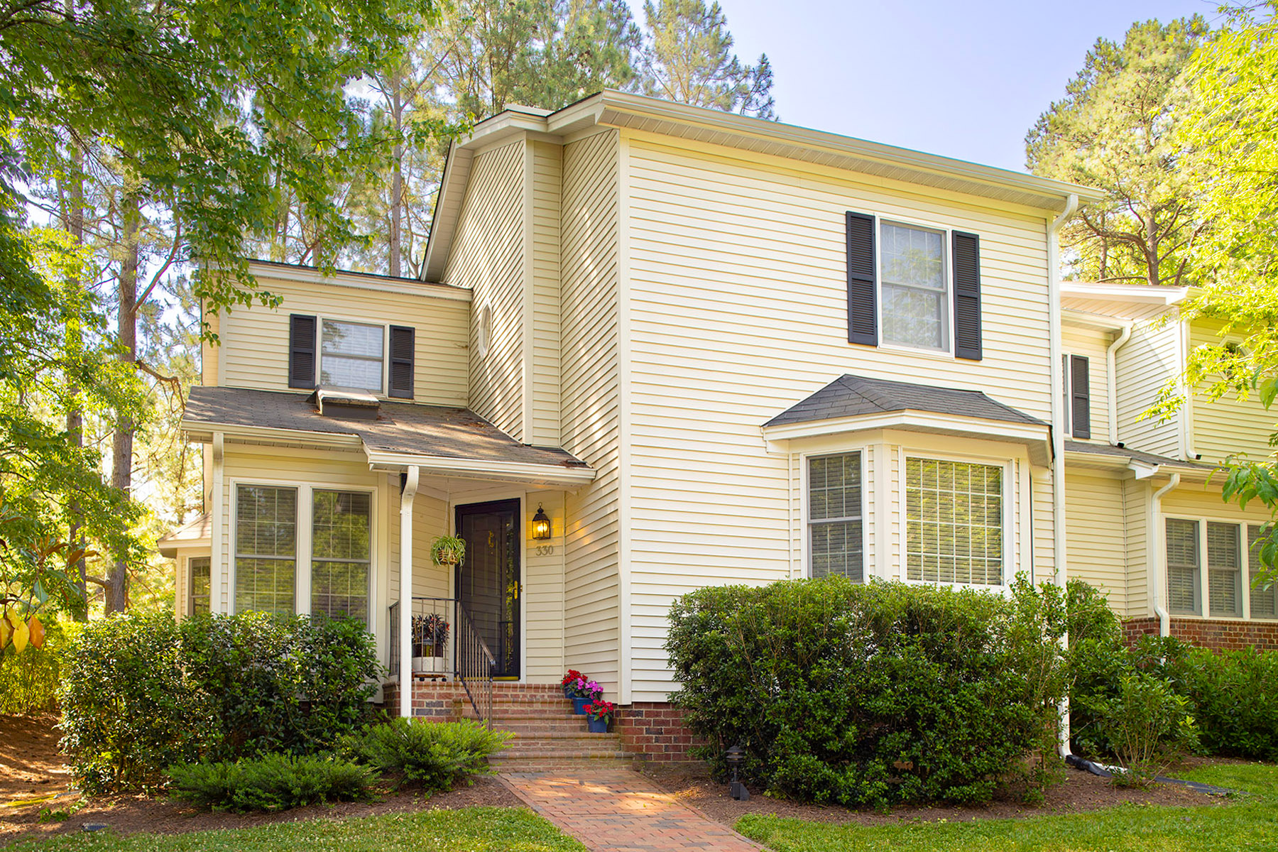 330 Whisperwood Close townhome - exterior
